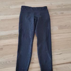 Old Navy mesh Go Dry performance leggings